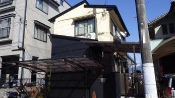 ツートンカラーできれいに仕上げりました。屋根の補修もバッチリ。もう雨漏れの心配なしですよ♪