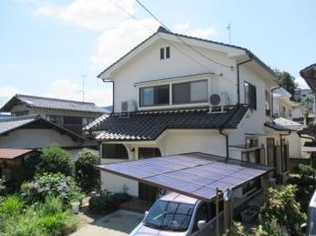 地震保険がおりて良かったです。そして何よりもSさんのお家がパッと明るく綺麗になり嬉しく思います。 Sさん、ありがとうございました。